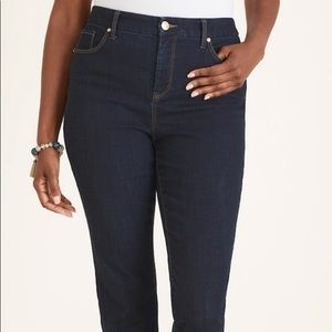 Chico's oh-so-slimming ankle jeans dark wash sz 2